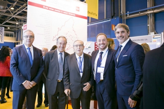 Anselmo Menéndez and Fernando Nasarre, Housing Deputy General Managers at the Development Ministry with CONCOVI President, Alfonso Vázquez Fraile and Vice-President, Juan Casares Collado and José María García Gómez, Housing and Renovation General Manager of the Madrid Autonomous Region