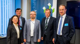 The GdW delegation with MEPs, Jens Geier, chairman of the German parliamentary S&D group, and Dr Markus Pieper, general secretary and energy policy spokesman of the German EPP delegation